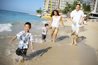 Family Pictures in Waikiki…