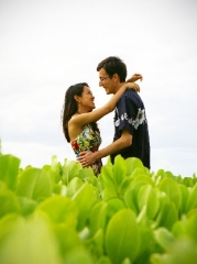Couples Photo Shoot at Waialae Beach Park