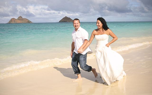 hawaii-wedding-photography-trash-the-dress-23