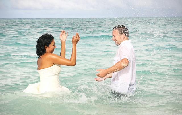 hawaii-wedding-photography-trash-the-dress-29