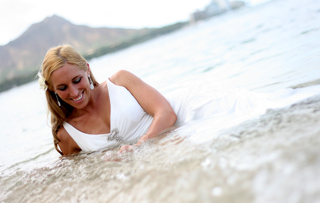 hawaii-wedding-photography-trash-the-dress-5